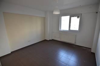Apartament 2 camere, nemobilat, Sector 5, 13 Septembrie